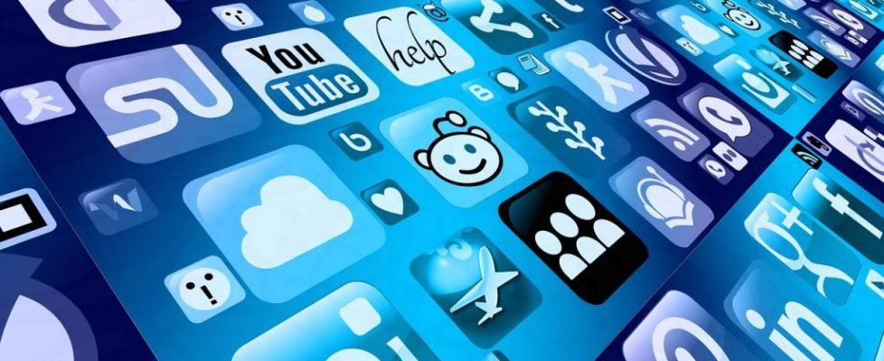 Basic Social Media Communication Strategies for Online Businesses